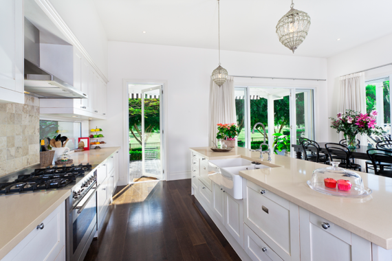 10 Ways to Update Your Kitchen on a Budget